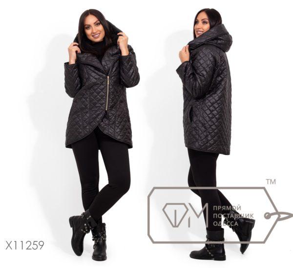 Черная куртка с капюшоном женская