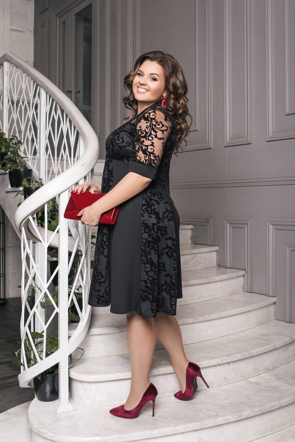 Черное вечернее платье больших размеров