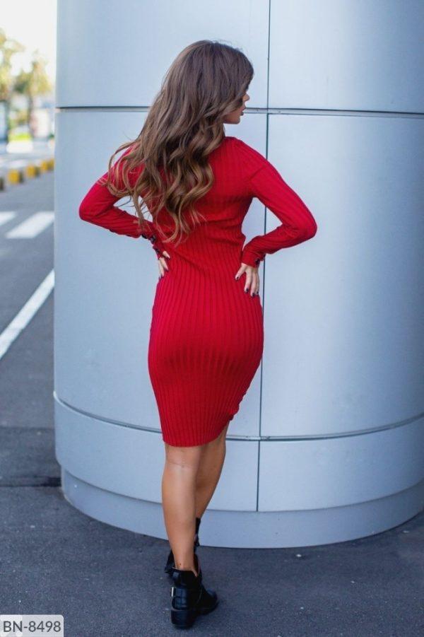 длинное вязанное платье красное