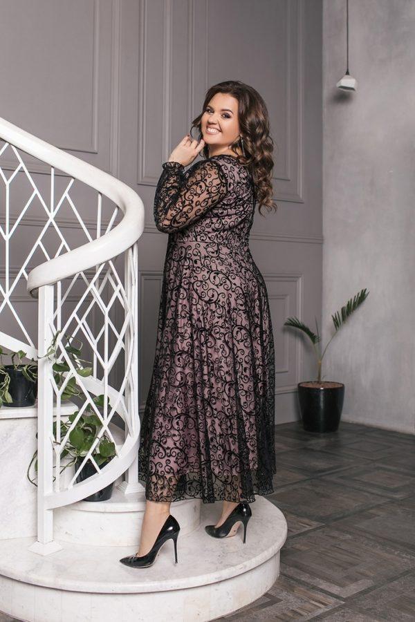 Модное вечернее платье для полных женщин