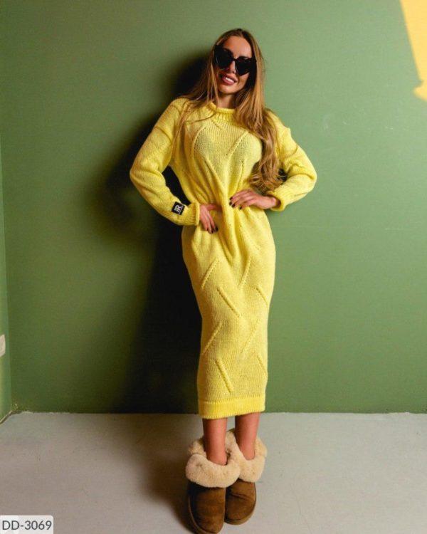 модное вязанное платье