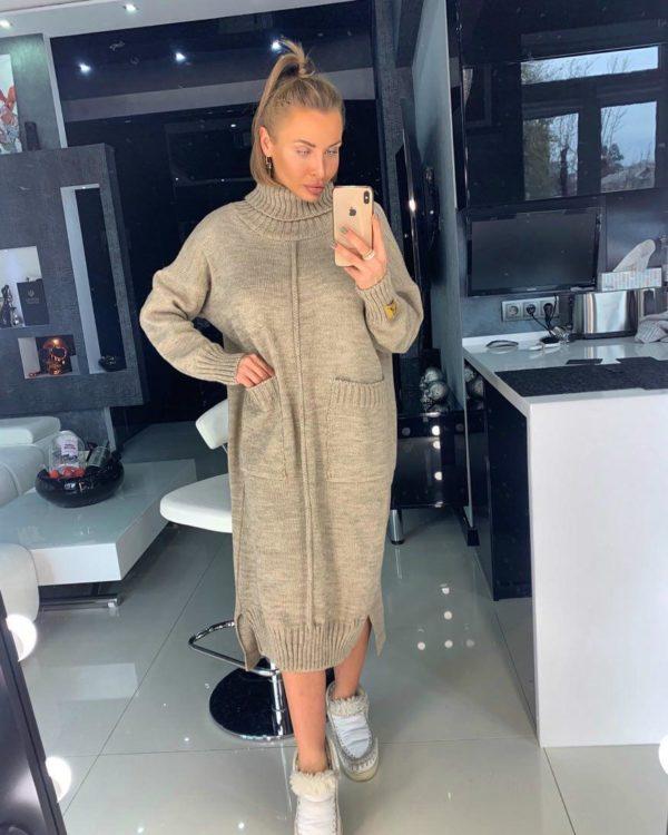 Вязаное платье 44 размера для девушек