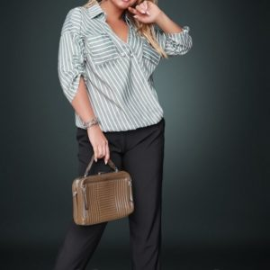 Блузка женская с брюками для полных женщин